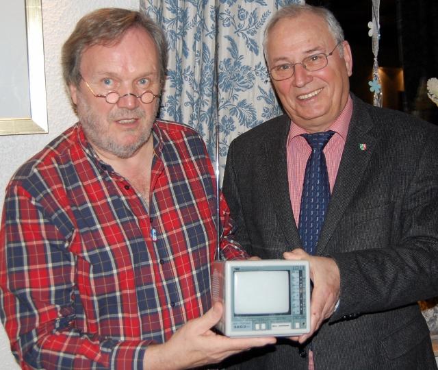 Turmverein-Vorsitzender Ernst-Hermann Göbel und Schermbecks stellvertretender Bürgermeister Engelbert Bikowski