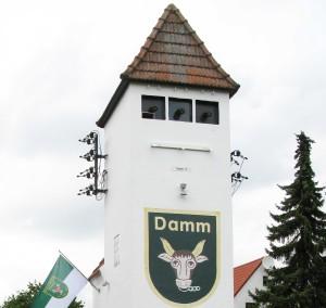 Das ehemalige Trafoäuschen am Dammer Elsenberg ist Namensgeber für den Dammer Turmverein. Foto Scheffler