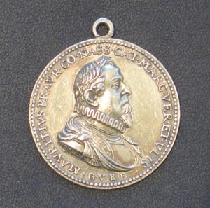 Die Vorderseite der Medaille zeigt ein Bild des Moritz von Oranien. Repro Scheffler