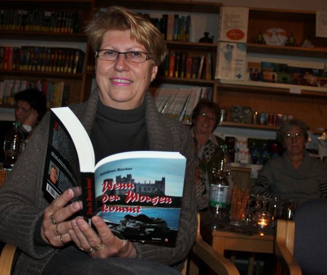 """Heidrun Bücker und ihr neuer Roman """"Wenn der Morgen kommt"""""""