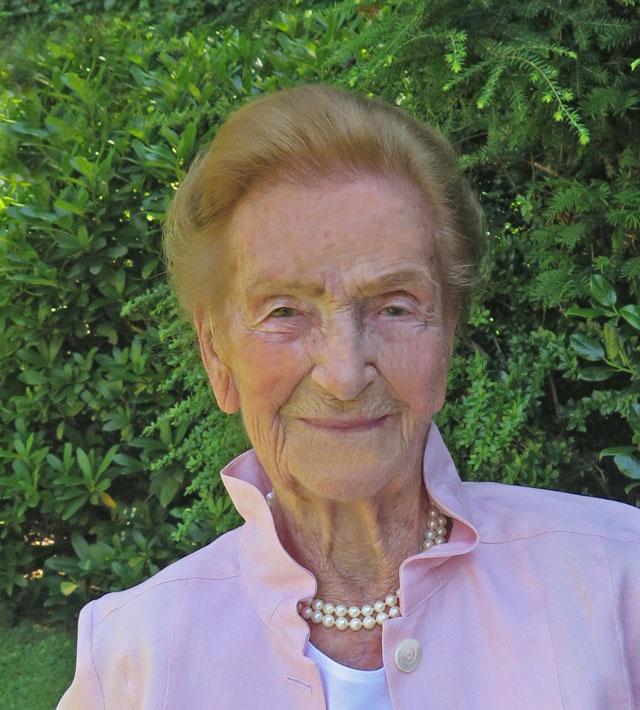 100 Jahre sind für <b>Maria Busch</b> kein Grund, die Hände in den Schoß zu legen. - 12.07.2014-091