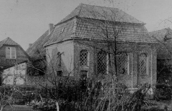 Die jüdische Synagoge in Schermbeck wurde nur deshalb während der Reichspogromnacht nicht verbrannt, weil man Angst hatte, die benachbarten Häuser in Mitleidenschaft zu ziehen. Repro Scheffler