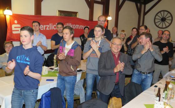 Die fans vom Wsasersportverein Schermbeck gratulierten. Foto: helmut Scheffler