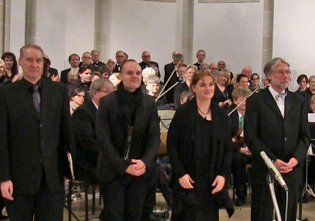 Für die Aufführung der Schöpfungsmesse konnte Kirchenmusiker Josef Breuer (r.) brillante Solisten gewinnen. Foto: Johannes Foitzik
