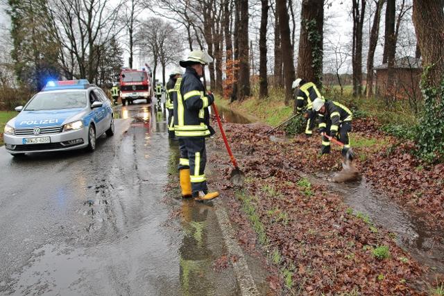 Feuerwehr Schermbeck Einsatz Überschwemmung (18) (640x427)