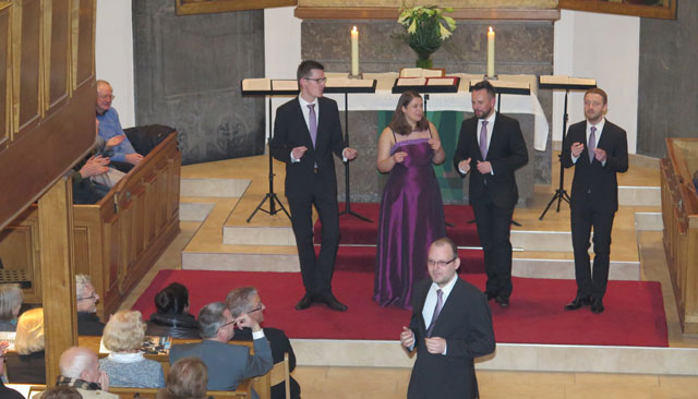 Das diesjährige Benefizkonzert zugunsten der DiakonieSTIFTUNG wurde am Sonntag in der Georgskirche vom Leipziger Calmus Ensemble musikalisch gestaltet. Foto: Helmut Scheffler