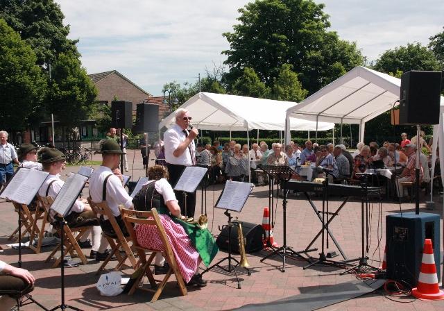 MGV Pfingstfest -13_10_10- Pilsn Buam und Lothar IMG_0708 Kopie (640x448)