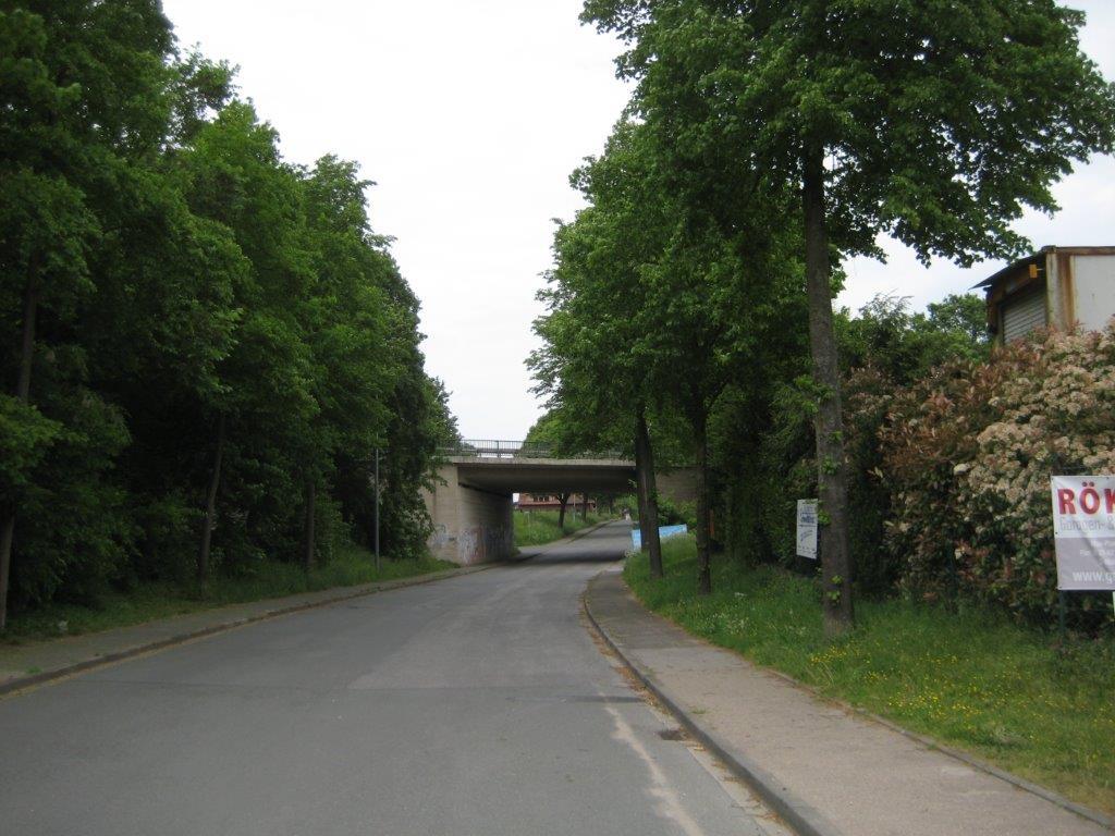 Brückenunterführung (B 58) auf der Landwehr