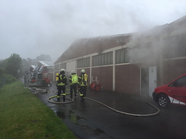 Feuer in Schermbeck Landwehr (640x480)