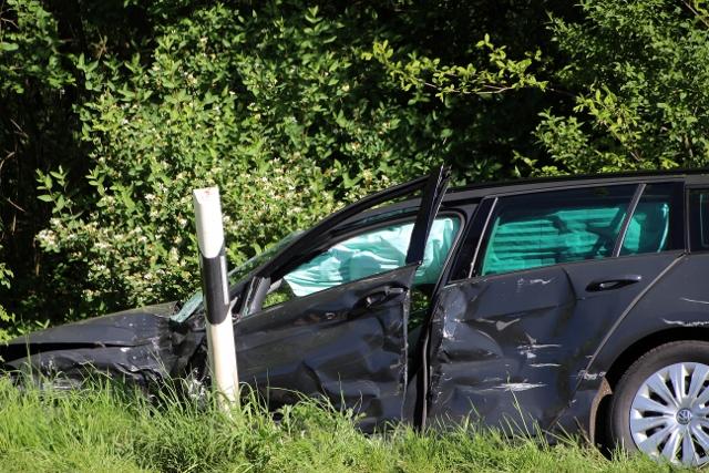 Schwerer Unfall am Montagmorgen, 9.5. 2016 am Freudenberg in Dorsten/Schermbeck, Ausfahrt A31