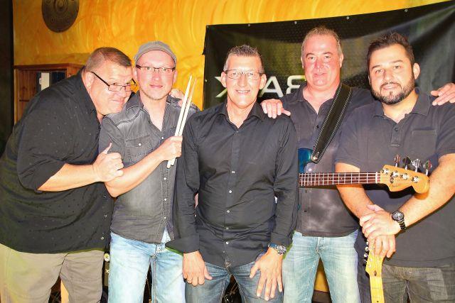 Back 2 Beat sind (v. l.): Dirk Isermann, Stefan Lobitz, Thomas Kreuz, Christian Schmidt und Tim Wagner.