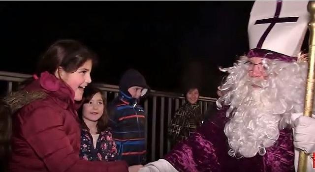 nikolaus-auf-dem-weihnachtsmarkt-in-gahlen-640x350
