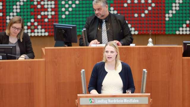 Charlotte Quik Plenum Landtag NRW