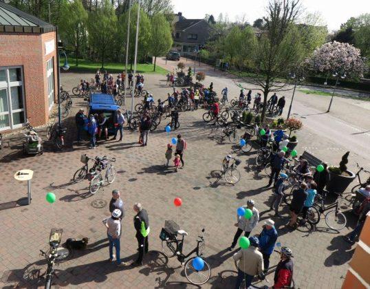 Fahrradfahrer bei Schermbeck.Rundum