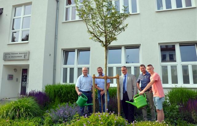 Außenanlage am Feuerwehrgerätehaus Altschermbeck neu gestaltet