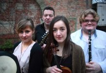 Irish Folk Band NUA