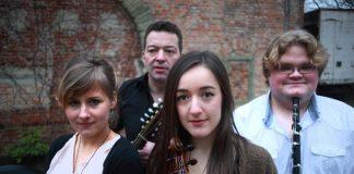 Irish Folk Band NUA