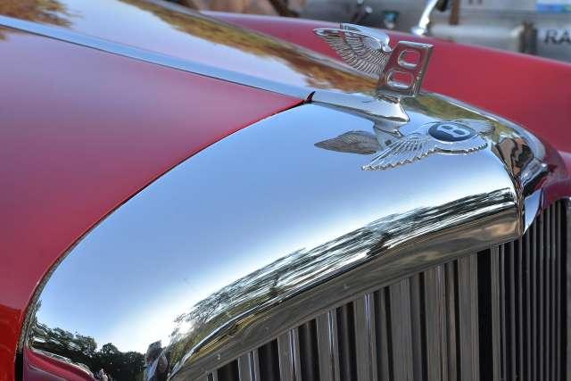 Ulrich Baumewerd mit seinem Bentley S