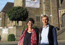 Pastor Klaus Honermann und die Pfarreiratsvorsitzende Christine Wolf