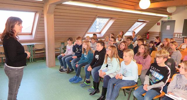 Die jungen Zuhörer der Gemeinschaftsgrundschule Schermbeck