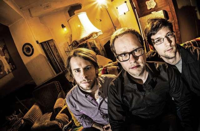Mengamo Trio