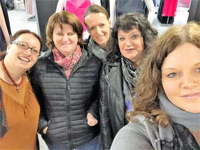 Kilian Schützengilde Schermbeck Kleiderkauf-mit-Königin