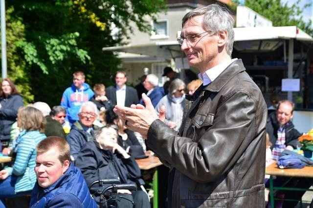 Pastor Klaus Hohnermann beim der Ökumene