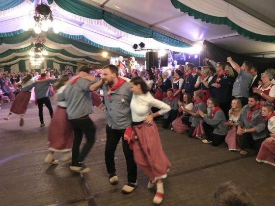 Klumpentanz Königsball Trachtenschützenfest Uefte
