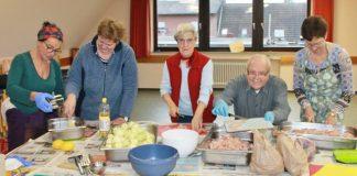 Kochteam indische Küche Marktplatz der Hilfe