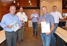 Bürgermeister-für-Dorfprojek-Genossenschaftt-Erle-Foto-Bosse1