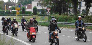 Kreidler-Fans-Mit-den-Mopeds-zum-Rhein
