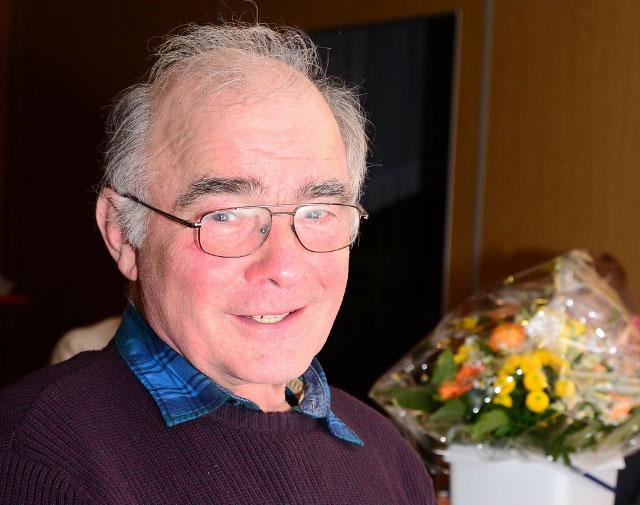 Helmut-Scheffler-wurde-vom-heimatverein-Gahlen-mit-der-goldenen-Nadel-geehrt