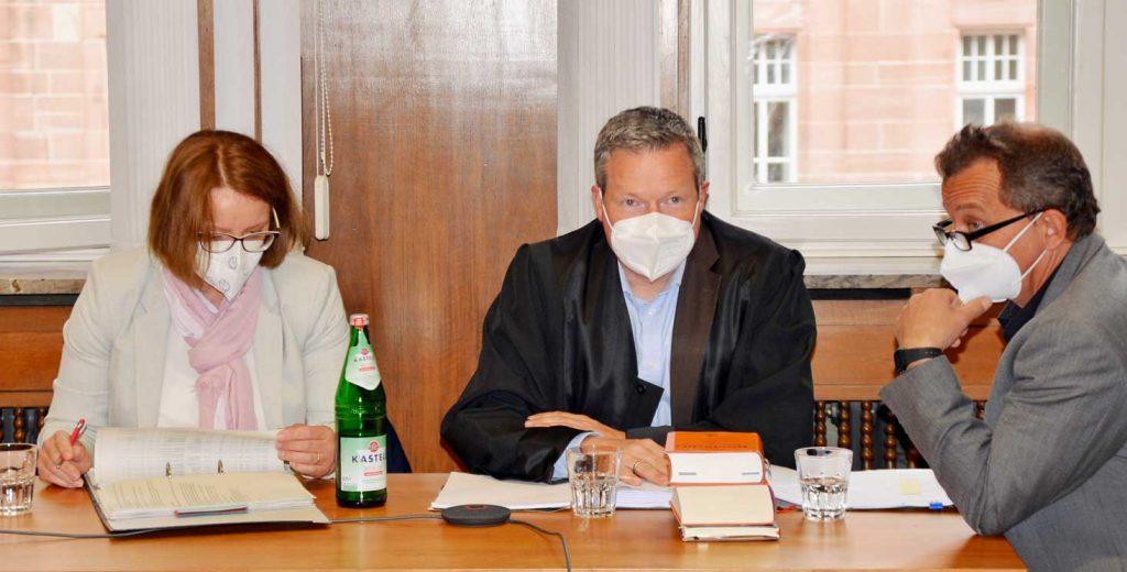 Gerichtsverfahren-Wolf-Gloria-Düsseldorf-Verwaltungsgericht