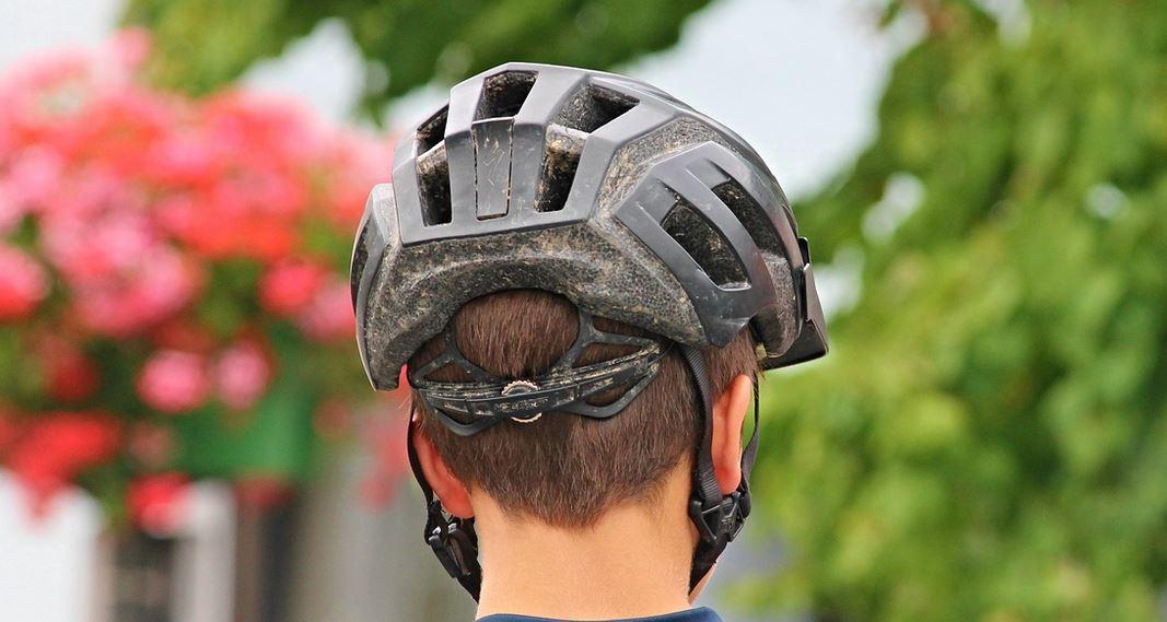Gefährlich Fahradfahren ohne Helm