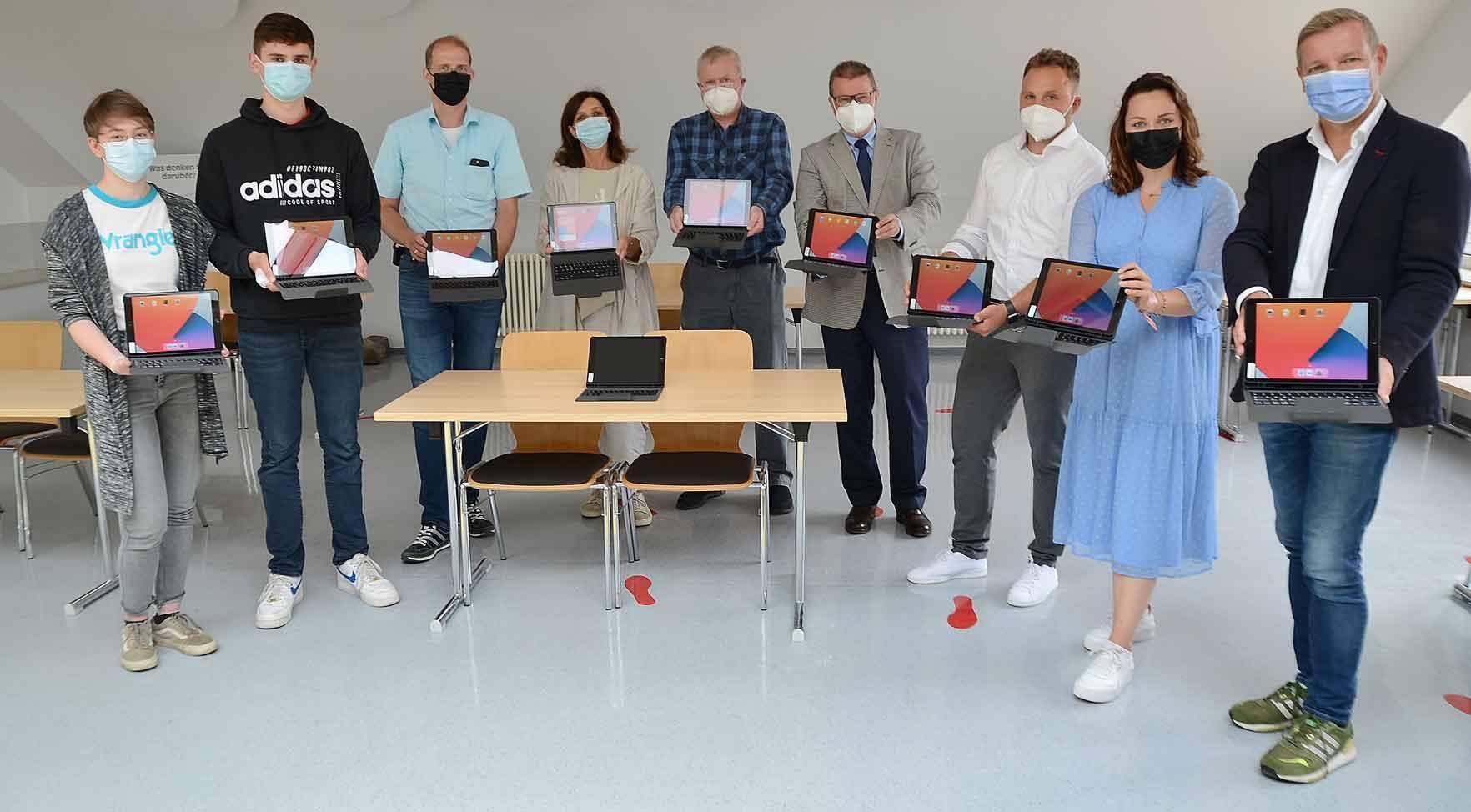 iPads-für-alle-Schüler