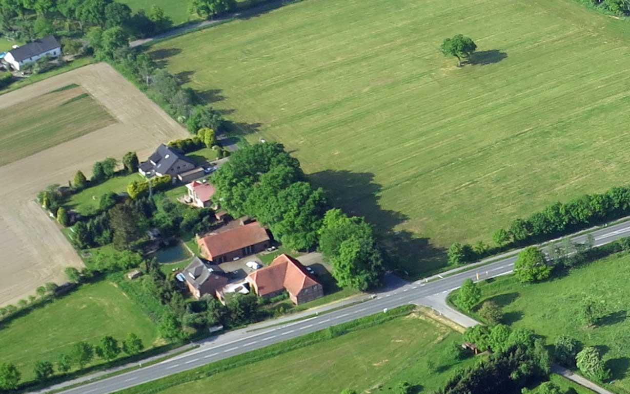 Altes-Haus-Schermbeck-Luftaufnahme