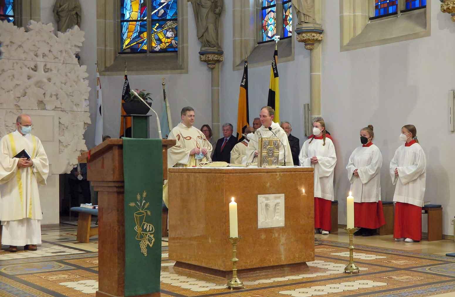 Neuer-Pastor-Tilling-Fabian-in-Raesfeld