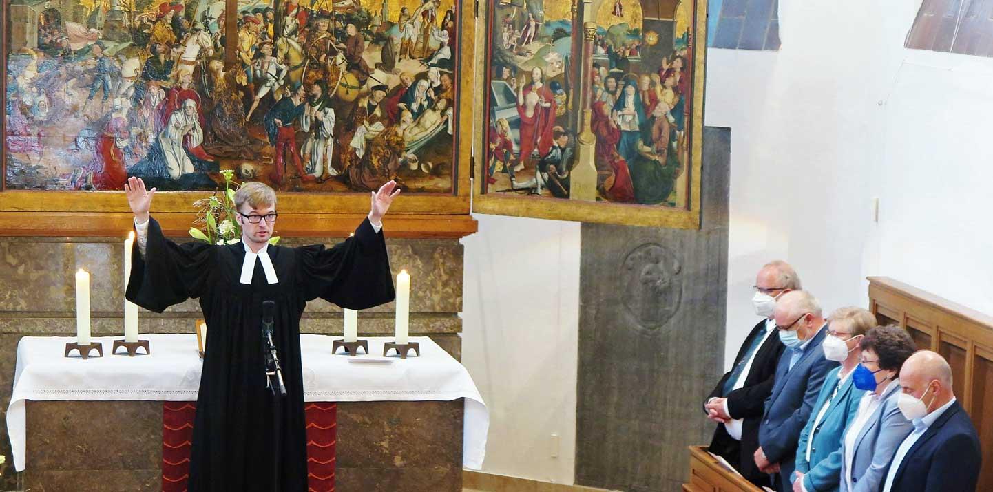 Gahlen-St.-Georg-Pfarrer-Wiegmann